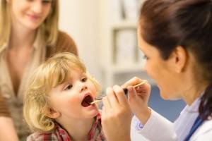 Как лечить аденоиды у ребенка: распространенные мифы и заблуждения