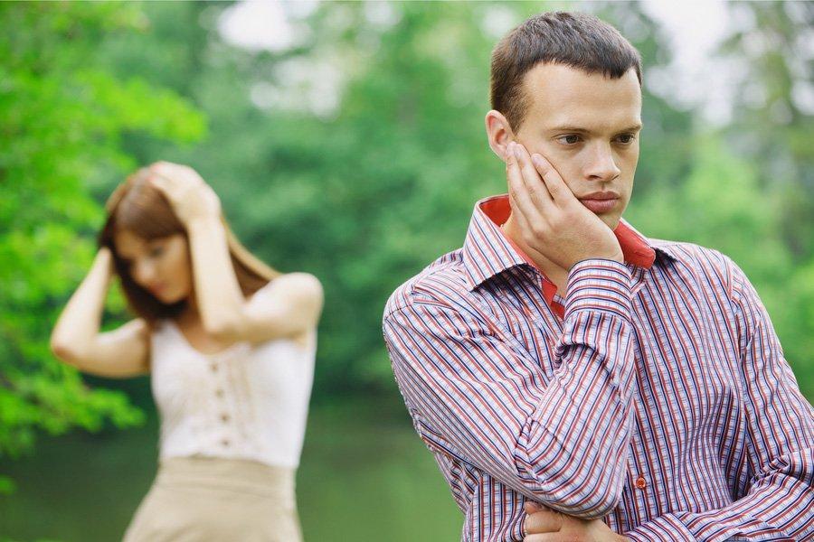 Как расстаться парнем, который тебя любит: красиво и не обидев его