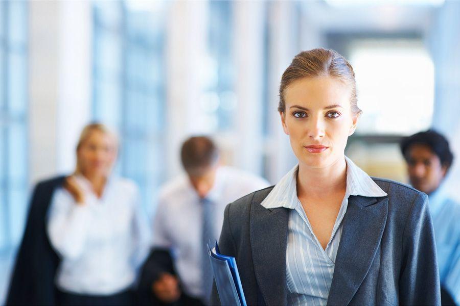 Женские костюмы для офиса— привлекательность или дресс-код?