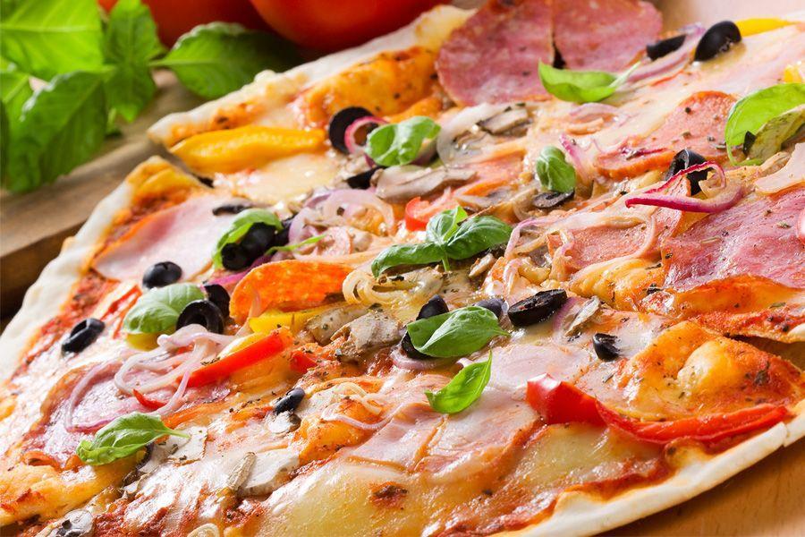 пицца рецепт с колбасой и сардельками