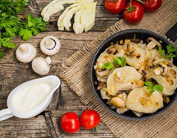 Как делать вареники с картошкой и грибами