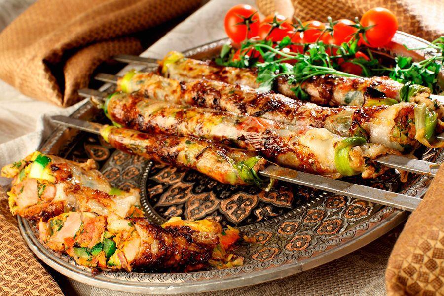 Рецепт люля-кебаб дома: готовим из любимого мяса на сковороде или в духовке!