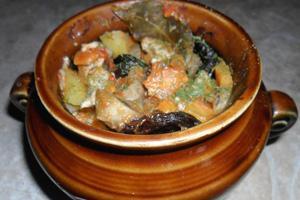 В горшочках курица с картошкой и грибами в духовке рецепт пошагово в
