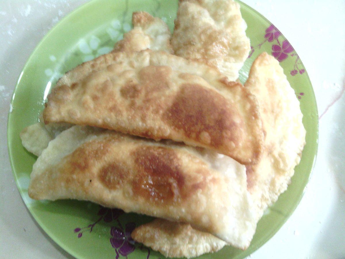 Пошаговый фото рецепт приготовления чебуреков