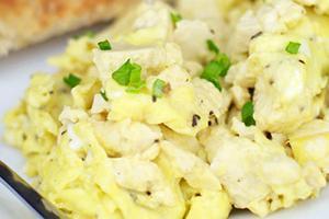 omlet-v-mikrovolnovke-belki.jpg