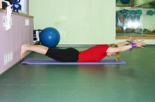 Упражнение Вытяжение, позиция 2