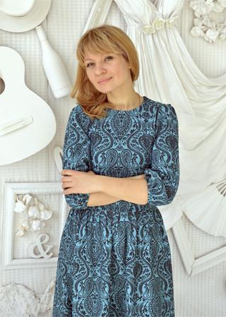 Новикова Наталья в бирюзовом платье