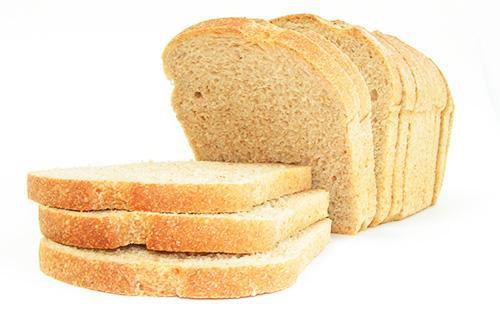 Куски белого хлеба