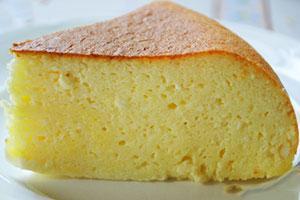 Пирог из манки в мультиварке