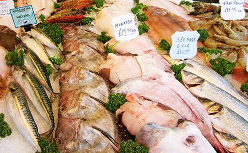 Рыбные прилавки радуют изобилием