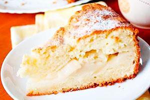 Шарлотка на молоке с яблоками: рецепты и нюансы приготовления