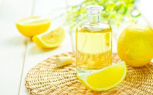 Маска из лимона и яйца