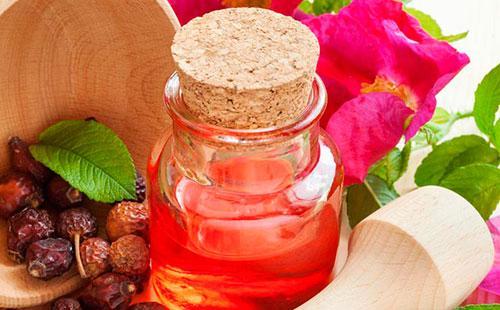 Розовое масло шиповника
