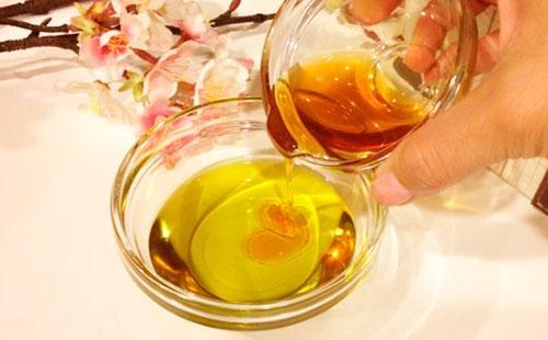 Маска с оливковым маслом и медом