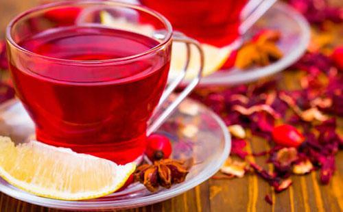 Чай каркаде с лимоном