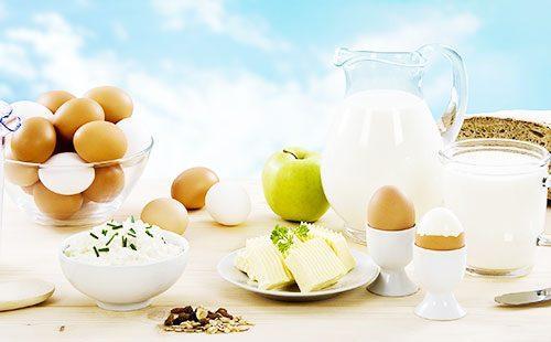 Молочные продукты и яйца