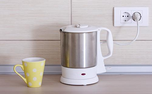 Как очистить электрический чайник от накипи в домашних 99