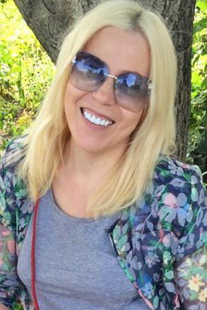Белозубая улыбка летом