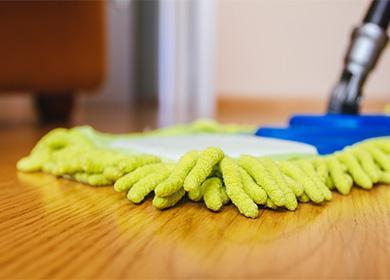 Чем мыть ламинат и как делать это правильно