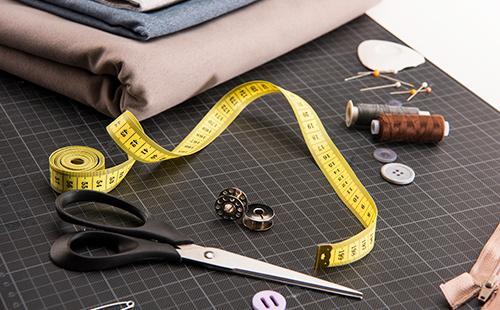 Набор для пошива с ножницами, метром и тканью