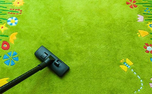 Щетка от пылесоса на ковре