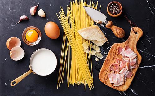 Ингредиенты для пасты карбонаре
