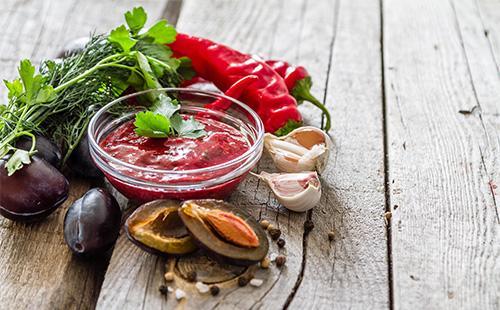 Ингредиенты для соуса ткемали