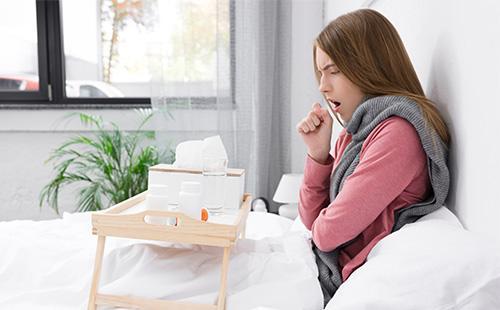 Молодая женщина заболела