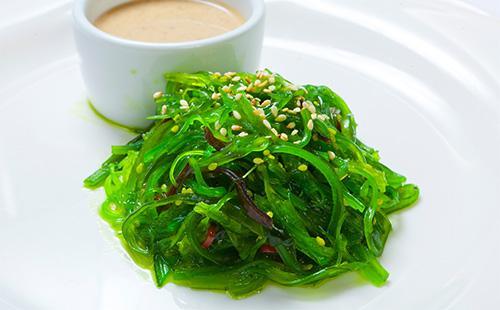 Салат из зеленых водорослей