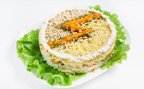 Слоеный салат Невеста