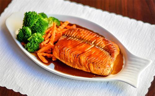 Рыба пол соусом терияки