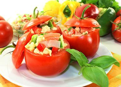 Фаршированные помидоры вдуховке, мультиварке имикроволновке, атакже рецепты свежих имаринованных «бочонков»