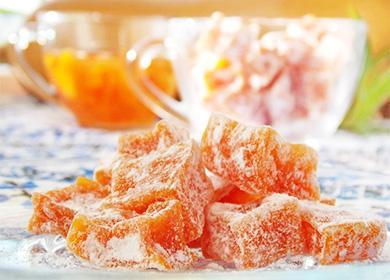 Оранжевые цукаты в сахарной пудре