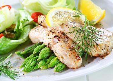 Рыба со спаржей и лимоном