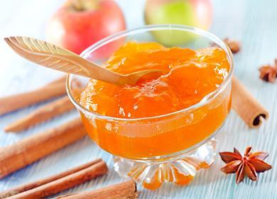Яблочный джем в пиале