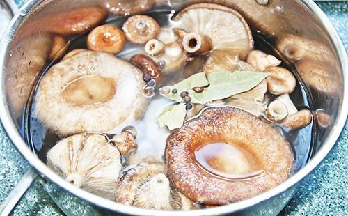 Варка грибов-волнушек