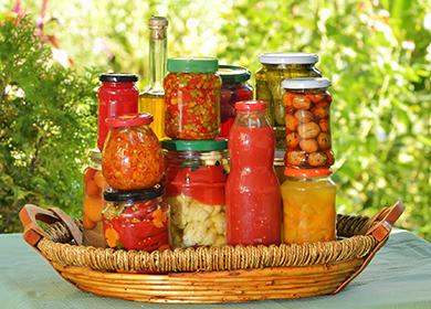 Салат «Охотничий» назиму: варианты овощной заготовки срисом, грибами ибаклажанами