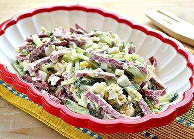 13рецептов салатов изкопченой колбасы: быстро, вкусно инановый лад