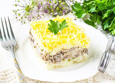 Салат «Мужские грезы»: готовим сговядиной, курицей, свининой, индейкой иколбасой