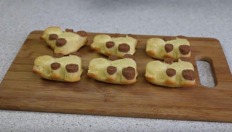 Печенье в формочках в духовке испечь легко.