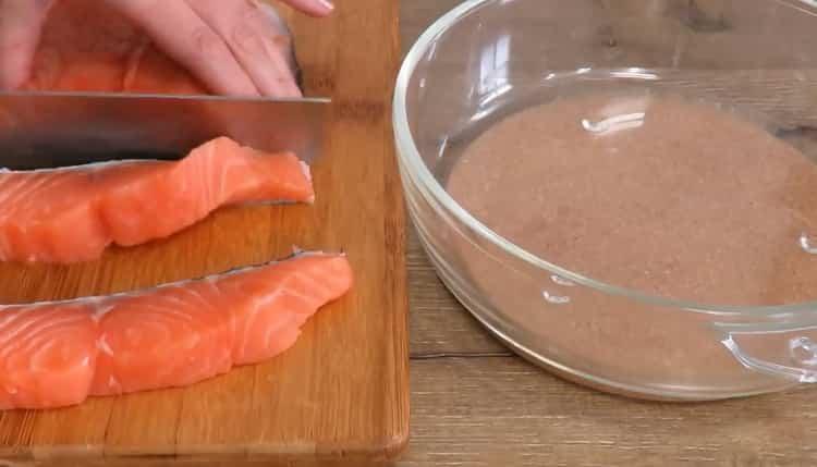 По рецепту для приготовления рыбы, подготовьте ингредиенты