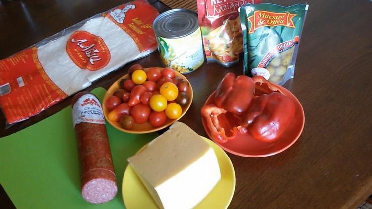 Для приготовления пиццы из лаваша в духовке подготовьте ингредиенты
