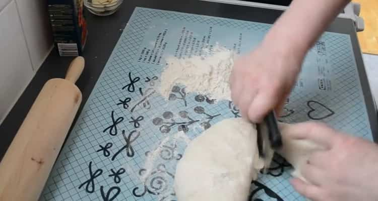 Для приготовления хинкала дагестанского, подготовьте тесто