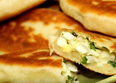 Готовим жареные пирожки с луком и яйцом по пошаговому рецепту с фото.