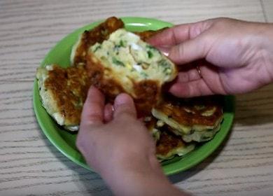 Готовим ленивые пирожки с луком и яйцом по пошаговому рецепту с фото.