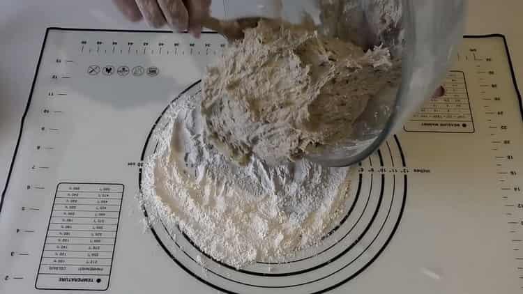 Для приготовления пшенично -ржаного хлеба замесите тесто
