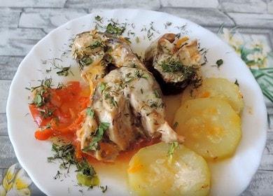 Нежная и сочная скумбрия с овощами: готовим по рецепту с фото.