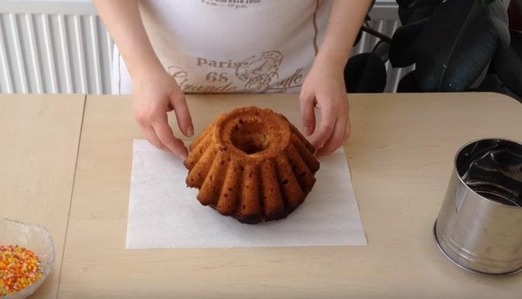 Аппетитный творожный кекс готов.