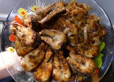 Вкуснейшая щука жераная на сковороде: рецепт с пошаговыми фото и видео.