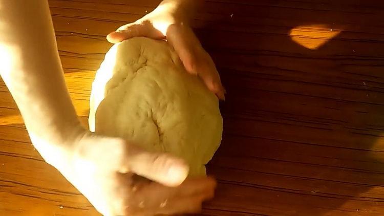 Как научиться готовить вкусное быстрое дрожжевое тесто для пирожков